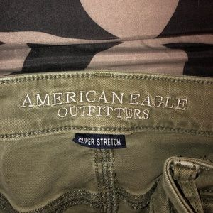 Green ripped American eagle jeggings